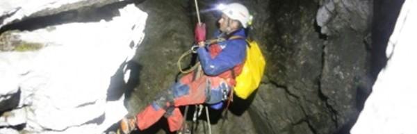 Mand fanget i 1.000 meter dyb grotte i Tyskland, av få den da.